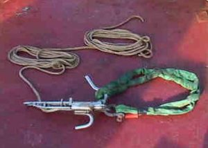 Brailer release hook and Lift All sling.