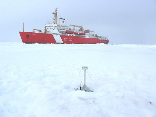 BGFE ice beacon deployed from CCGS Louis S. St. Laurent in summer 2003.