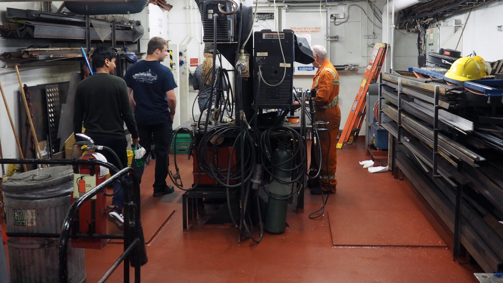 The engine room has multiple workshops, for example this one for welding and metalwork. (Photo: Kristina Brown)