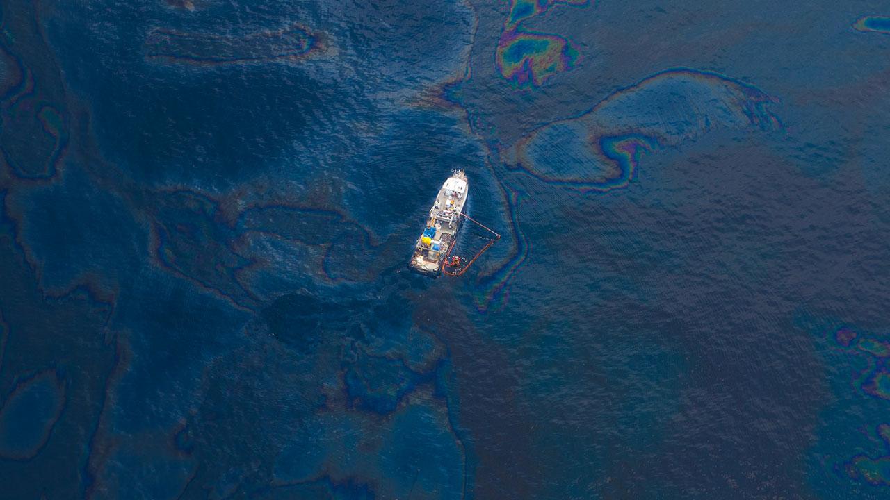 oil-in-ocean2