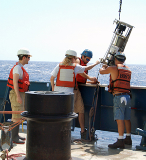 recovering a larval sampler from vents in the eastern Pacific