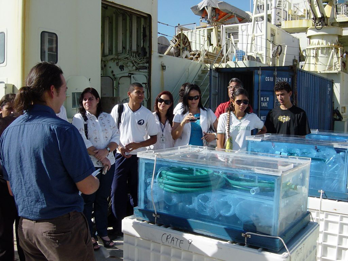 R/V Knorr visit to Natal Brazil on October 12, 2007