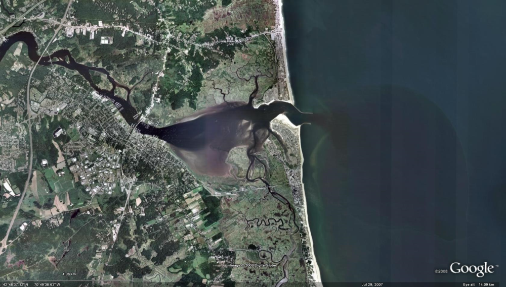 Salt flux and mixing in the Merrimack River estuary